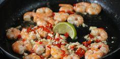 SONY DSC Mini Foods, Tapas, Shrimp, Meat, Chicken, Recipes, Sony, Recipies, Buffalo Chicken