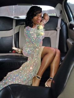 Trixie brings an insane about of glitter to her Prom 2014. She looks stunning in a sparkle prom dress with sequins that fully line this design.