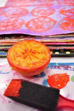 stamping fruit to create journal background - video tutorial #art_journal #printing #stamping #art