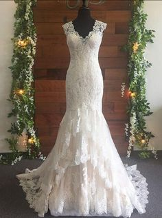 Fit and Flare Wedding Dress,Lace Wedding Dresses,Fitted Bridal Dress,M - Wishing. Fit and Flare Wedding Dress,Lace Weddi. Fitted Lace Wedding Dress, How To Dress For A Wedding, Western Wedding Dresses, Fit And Flare Wedding Dress, Classic Wedding Dress, Lace Mermaid Wedding Dress, Long Wedding Dresses, Colored Wedding Dresses, Perfect Wedding Dress