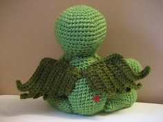 Cthulhu Crochet and Cousins: Cuddly Cthulhu with Free Pattern! (For wings)