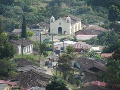 Minas de Oro, Comayagua. Lugar en donde se puede encontrar gente cálida, tranquilidad y un clima agradable.