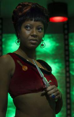 Kim Stinger as Lt.
