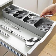 Diy Kitchen Storage, Kitchen Drawers, Kitchen Hacks, Kitchen Organization, Kitchen Gadgets, Organized Kitchen, Kitchen Ideas, Kitchen Room Design, Home Decor Kitchen