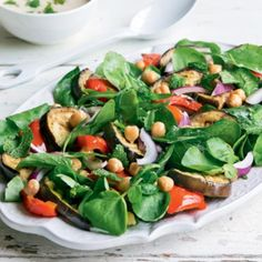 Chargrilled eggplant and chickpea salad with tahini dressing Healthy Salad Recipes, Vegan Recipes, Cooking Recipes, Healthy Food, Pak Choi Salat, Pak Choï, Roh Vegan, Tahini Dressing, Chickpea Salad