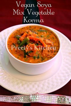 Straight from the kitchens of Northern India, a tasty vegetable dish, fit for a royal feast! Vegetarian Cooking, Vegetarian Recipes, Healthy Recipes, Vegan Food, Soya Recipe, Indian Food Recipes, Ethnic Recipes, Korma, Vegan Soups