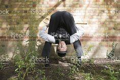 Upside down Contorsionniste photo libre de droits