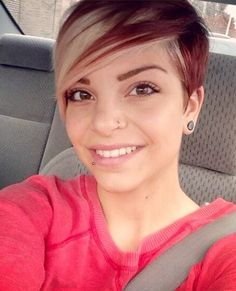 Awsome red and blonde pixie!
