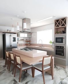 ( ・・・ Wonderful kitchen with highlight for island that besides beautiful and functional is perfect to gather all! Kitchen Room Design, Home Room Design, Best Kitchen Designs, Home Decor Kitchen, Kitchen Interior, Home Kitchens, Style At Home, Small Modern Kitchens, Kitchen Wall Decals