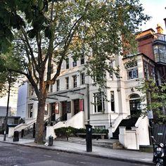 RCSSD #rcssd #cssd #london #london���� #londonmemory #centralschoolofspeechanddrama #europe #uk #unitedkingdom #travel #travels #mamt #journey #trip✈️ #photography #fotografia #travel #travelblogger #travelphotography #school #schoollife #schoolmemory http://tipsrazzi.com/ipost/1507820096156169643/?code=BTs2mOAlXWr