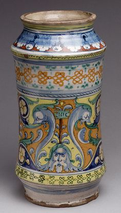 Deruta ~ albarello (Pharmacy jar) ~ Italian (Siena) ~ Tin-glazed earthenware (maiolica) ~ Metropolitan Museum of Art Glazes For Pottery, Ceramic Pottery, Pottery Art, Ceramic Art, Siena, Art Beauté, Art Decor, Decoration, Italian Pottery