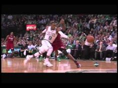 Injuried Rajon Rondo Steals It and Dunks it with One Arm - http://nbanewsandhighlights.com/injuried-rajon-rondo-steals-it-and-dunks-it-with-one-arm/