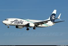 Alaska Airlines Boeing 737-890 (N568AS) at Washington - Ronald Reagan National (KDCA) March 2015