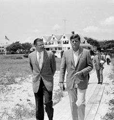 Robert McNamara and President John F. Kennedy