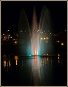 fountain at night Fountain City, Lacs, Canada, Belle Villa, Plein Air, Photos, Pictures, Quebec, Places Ive Been