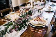 We are swooning over this tablescape setup at a Riverwood Mansion wedding reception. Click the image for all things wedding at Riverwood Mansion. Photo credit: Riverwood Mansion Facebook (Paisley Ann Photography)
