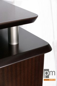 Detal blat biurka i kontenera  , http://www.projektmebel.pl/sentor