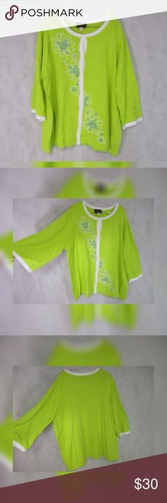 """Bob Mackie Wearable Art Green Cardigan Rockabilly This is a gently worn Bob Mackie Wearable Art cardigan with floral embroidery in a size 2x. It is yellow/green. Very stretchy.  Bust:52-57"""" Waist:54-56"""" Hips:54-60"""" Length:26 Bob Mackie Sweaters Cardigans"""