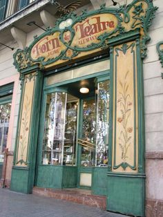 Forn des Teatre http://www.forndesteatre.com/english.html Plaça de Weyler, 9, 07001 Palma, Illes Balears, Spain