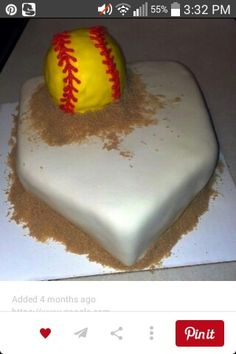 108 best softball images on fastpitch softball Softball Birthday Parties, Softball Party, Softball Crafts, Softball Players, Girls Softball, Softball Stuff, Fastpitch Softball, Softball Things, Softball Cupcakes