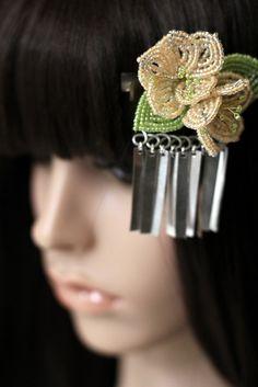 """Fluttering"" clip-- Orange Sorbet Sakura Blossom - French Beaded Flower Bira Bira Kanzashi Hair Clip"