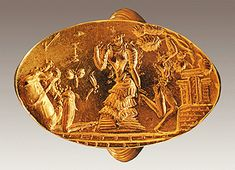 A ring with the Priestess Princess - Zoniti Furni - Archanes - Creta Heraklion Museum- 1450 -1400 BC