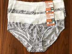 48cde3b966f1 WARNERS NO MUFFIN TOP HIPSTER LACE PANTIES Size 7 L 2 PAIR Style 5609J NWT #