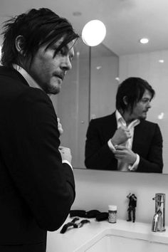 Norman Reedus/The Walking Dead Gossip,Facts,Pics Daryl Dixon, Daryl Twd, The Boondock Saints, Norman Reedus, Bae, Slash, Hollywood, Fear The Walking Dead, Stuff And Thangs