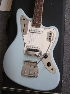 Vintage 1966 Fender Jaguar CUSTOM COLOR Sonic Blue