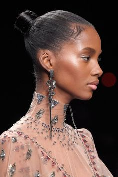 Pin for Later: Breathtaking Beauty Looks From Paris Fashion Week Valentino Fall 2016 Hair: Guido for Redken