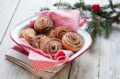 Błyskawiczne ciasteczka z ciasta francuskiego w mgnieniu oka wypełnią cały dom kuszącym aromatem cynamonu!