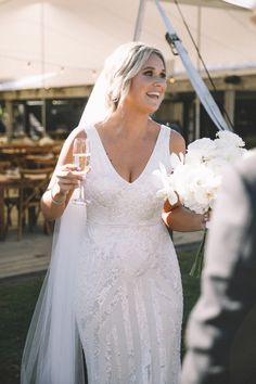 Courtney wears the Fontanne dress by Karen Willis Holmes The Tasting Shed Marlborough Sounds, Karen Willis Holmes, Alternative Wedding Dresses, Auckland, Engagement Shoots, Veil, Bouquet, Wedding Photography, Wedding Ideas