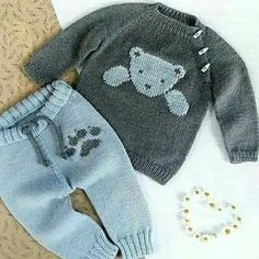 Baby Kostüm – knitting sweaters for kids Baby Boy Knitting, Knitting For Kids, Baby Knitting Patterns, Baby Patterns, Toddler Clothing Stores, Baby Kostüm, Little Boy Haircuts, Pull Bebe, Toddler Sweater