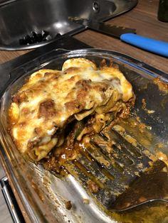 Lasagna, Ethnic Recipes, Food, Diy Home Crafts, Meal, Essen, Hoods, Meals, Eten
