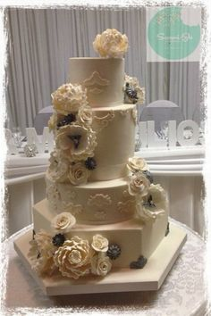 Vintage wedding cake  ~ all edible!