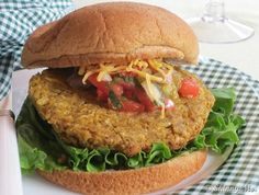 This Garbanzo Curry Burger is one of my go-to vegetarian recipes!  #garbanzo #burger #vegetarian
