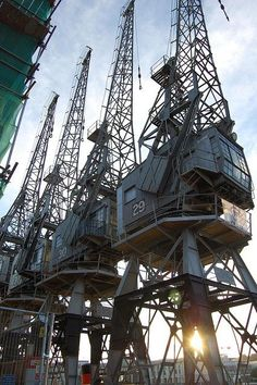 Cranes by the MShed Industrial Architecture, Architecture Art, Urban House, Oil Platform, Industrial Machine, Industrial Photography, Abandoned Places, Abandoned Homes, Images Gif