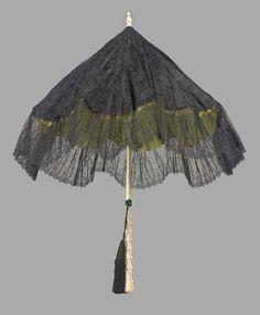 Folding Black Lace Parasol - Probably European c. Steampunk Accessories, Vintage Accessories, Lace Parasol, Vintage Cigarette Case, Vintage Umbrella, Umbrellas Parasols, Lace Outfit, Vintage Purses, Museum Of Fine Arts