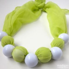 A No-sew Fabric and Chunky Bead Necklace - Rosyscription
