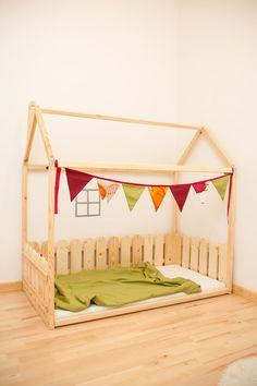 Twin size children bed with fence / Montessori bed / Newborn bed / Children crib