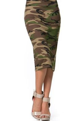 ff121e433df9f Love the camouflage skirt