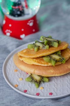 Szybki omlet z mąką kokosową Gluten Free Recipes, Free Food, Pancakes, Menu, Breakfast, Ethnic Recipes, Fitness, Interior, Menu Board Design