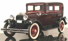 1929 Essex Sedan - (Hudson Motor Car Co. Detroit, Michigan 1918-1932)