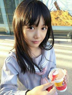 Teen Girl Poses, Kid Poses, School Girl Japan, Japan Girl, Asian Kids, Cute Asian Girls, Lolis Neko, Vietnam Girl, Girls Gallery