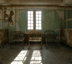 """Abandoned Asylums of New England"""