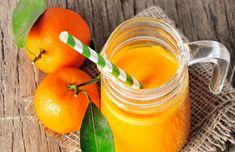 Diminuez votre carence en calcium grâce aux jus de légumes et de fruits. Cliquez pour lire l'article et découvrir quels fruits et légumes utiliser.