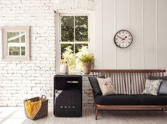 Retro Fridge, Outdoor Furniture Sets, Outdoor Decor, Design Interiors, Retro Design, Retro Style, Retro Fashion, Kitchen Appliances, Sofa