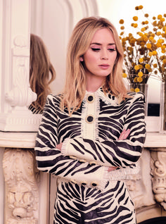 """A Quiet Place"" star Emily Blunt covers the March 2020 issue of British Harper's Bazaar magazine photographed by Pamela Hanson and styled by Leith Pamela Hanson, Emily Blunt, Jane Austen Book Club, Silk Bra, Alexander Mcqueen Dresses, Mary Elizabeth Winstead, Tweed Jacket, Celebrity Photos, Celebrity Gossip"