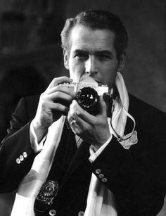 Marlon Brando with a #camera and #scarf #marlonbrando
