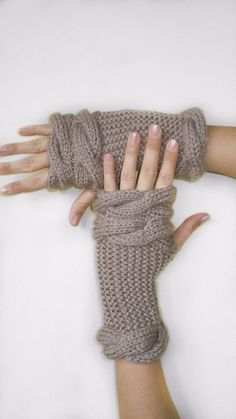 Milky Brown Knitting Gloves, Crochet Christmas Gift, Fingerless Gloves, Brown Mittens, Christmas Mittens, Fall and Winter,  Knit Mittens